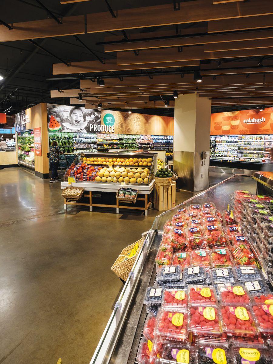 inside oahu foodland farms grocery store market