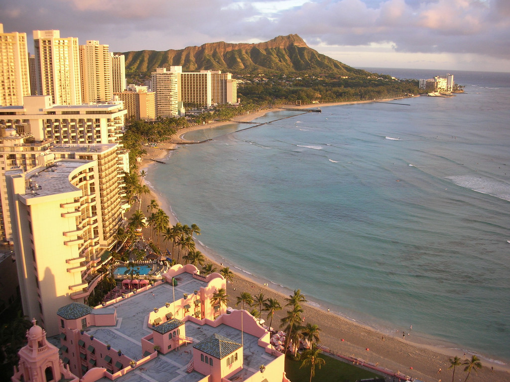 waikiki beach hawaii magazine best of 2016