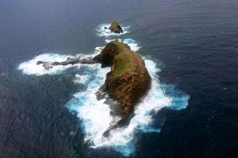 elephant rock molokai hawaii