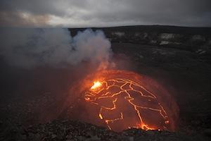 Hawaii_Kilauea_volcano_lava_lake