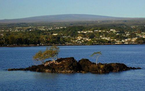 Mauna_Loa_largest_volcano_world