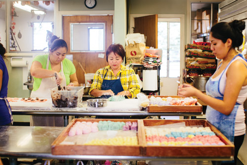 monumental_mochi_two_ladies_kitchen_Hilo