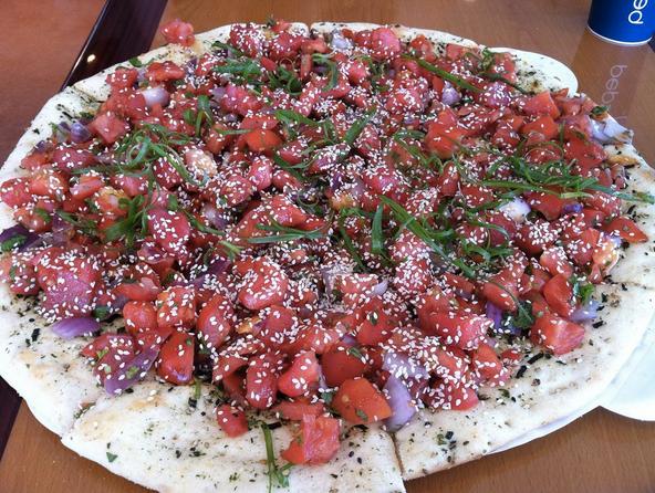 poke pizza hawaii