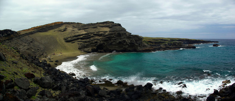 green-sand-beach-hawaii-papakolea