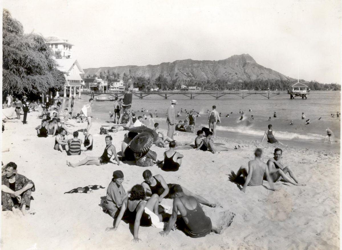 waikiki beach old