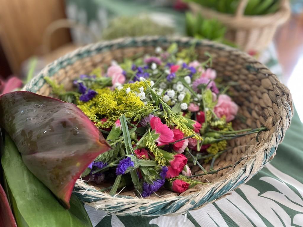Leipoo Flowers