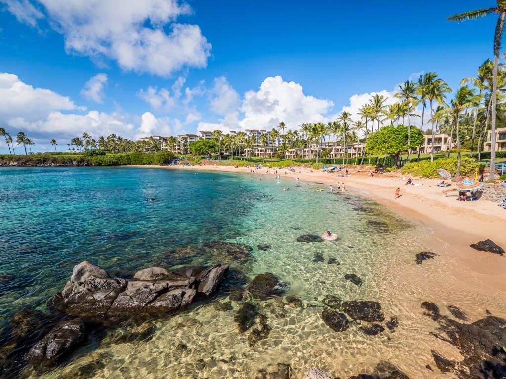 Kapalua Beach Bay, Maui, Hawaiian Islands Beautiful Seabed And Family Atmosphere
