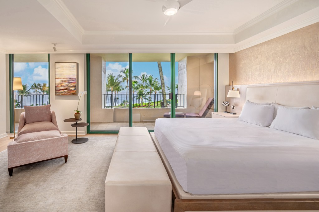 Kauai P838 Grand Suite Bed